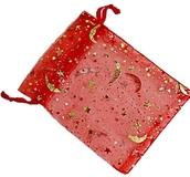 Organzapåse Röd med Guldstjärnor och Månar Ca 9x12cm
